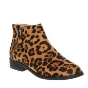 Time and Tru Leopard Two Zip Ankle Booties